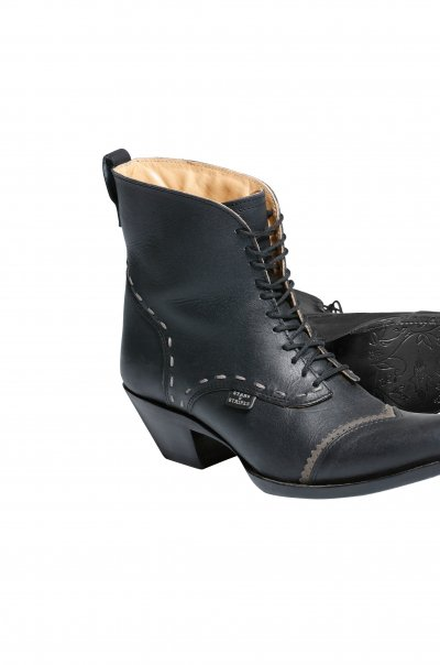 ASHLEY black Boots right mitSohle